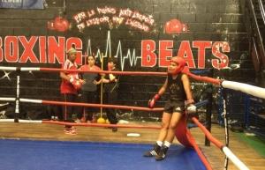 Des filles qui boxent